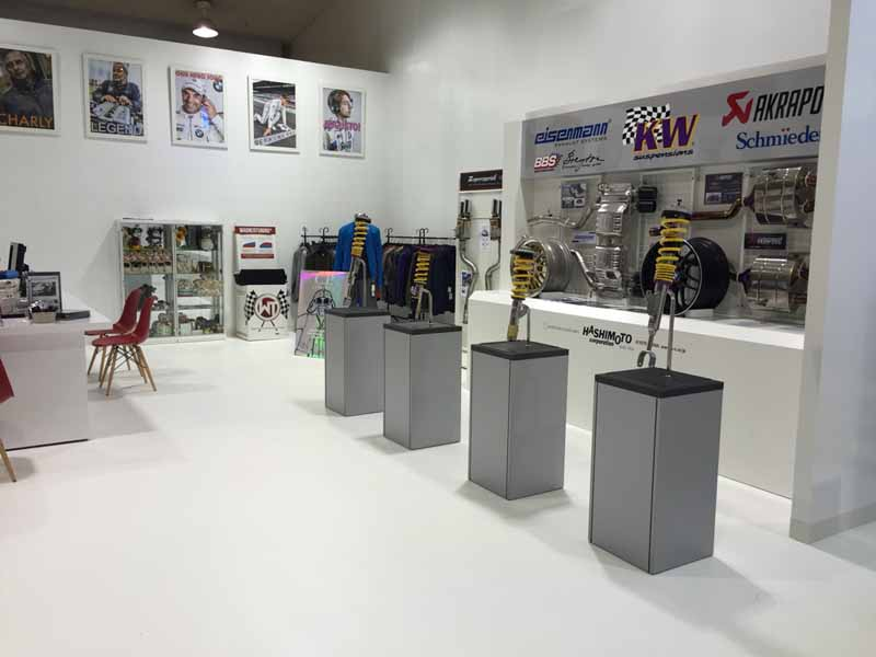 it-is-open-to-bmw-professional-pro-shop-studie-nagoyabei-super-autobacs20150721-2