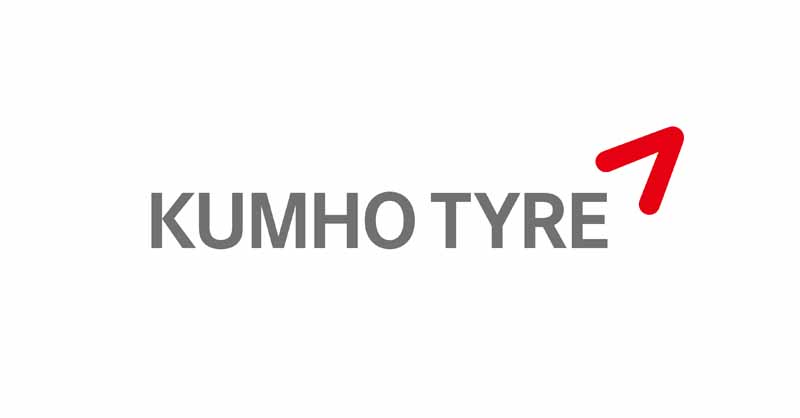 kumho-tires-and-supply-a-new-car-mounting-tires-to-dodge-viper20150725-1