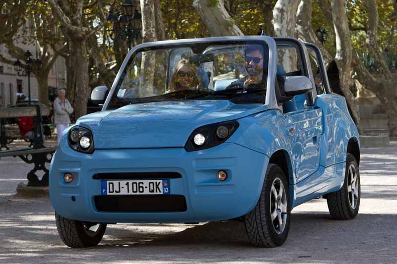 lifestyle-appeal-of-the-new-ev-bluesummer-to-finally-buddha-domestic-sales20150719-5-min