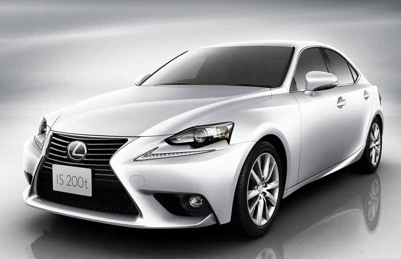 llexus-add-is200t-of-2-0l-direct-injection-turbo-engine-in-the-is-also-improved-some-other-models20150723-1