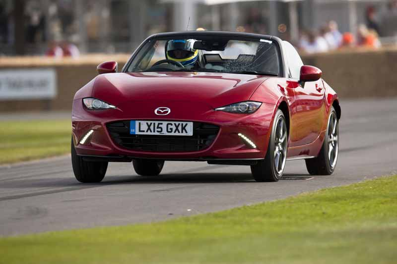 mazda-successive-rotary-racing-car-the-smell-of-english-manor-culture-to-enjoy20150712-4-min