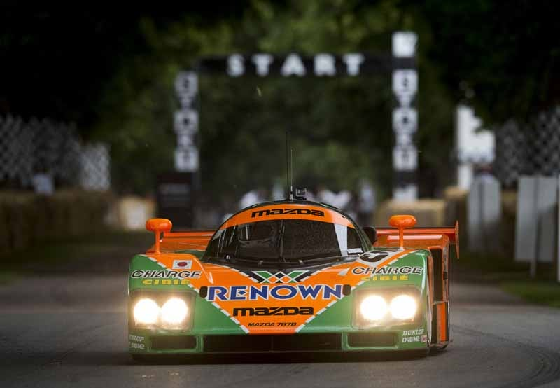 mazda-successive-rotary-racing-car-the-smell-of-english-manor-culture-to-enjoy20150712-6-min