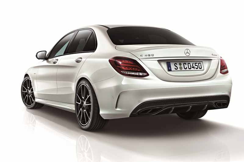 mercedes-benz-japan-c-450-amg-4matic-sedan-station-wagon-24