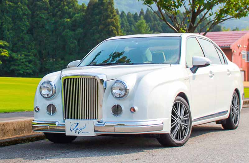 mitsuoka-and-minor-automobile-the-ryugi20150702-1-min