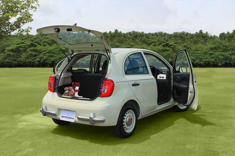 mitsuoka-motors-compact-5-door-hatchback-viewt-nadeshiko-sale20150717-4-min