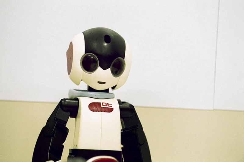 near-future-world-of-robot-creators-speak-robots-and-humans-coexist20150719-2-min