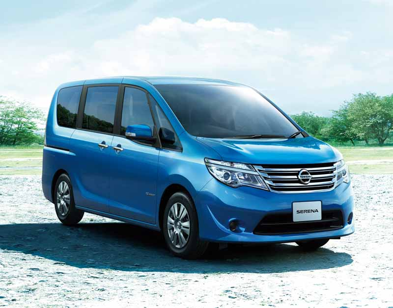nissan-special-specification-car-3-launch-vehicle-of-serena20150715-5-min