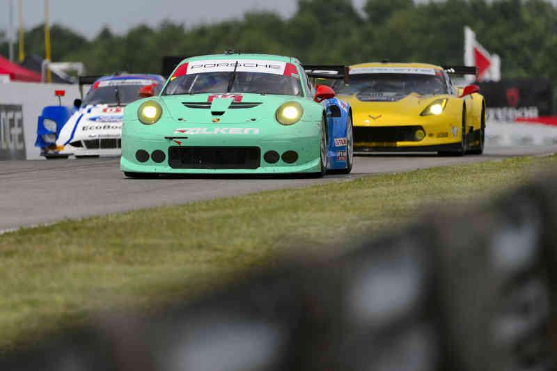 north-america-uscc-round-6-porsche-911-rsr-two-straight-wins-in-the-pole-to-finish20150714-6-min