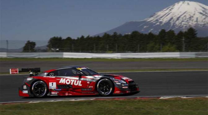 SUPER GT第4戦・富士、現行規定初の同一メーカー3連勝を巡る攻防