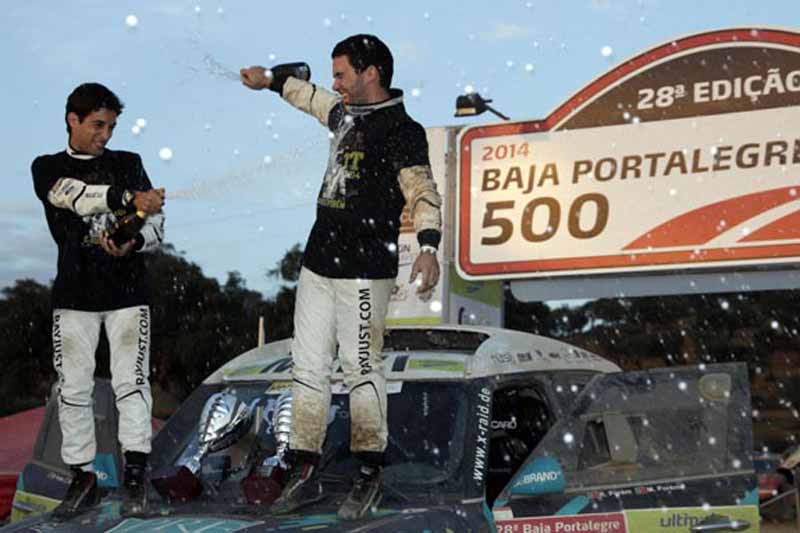 outlander-phev-challenge-the-baja-portalegre-500-in-the-falken-tire20150708-2-min