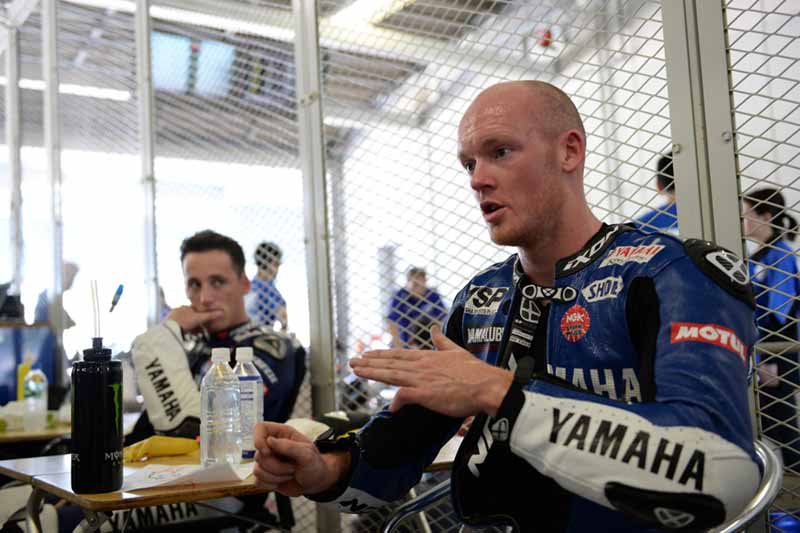 suzuka-8-tire-manufacturers-test-yamaha-factory-final-test-ends-with-top-time20150717-10-min