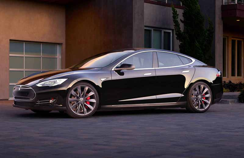 tesla-japan-model-s-dual-model-s70d-of-dual-motor-awd-japan-premiere20150717-6-min