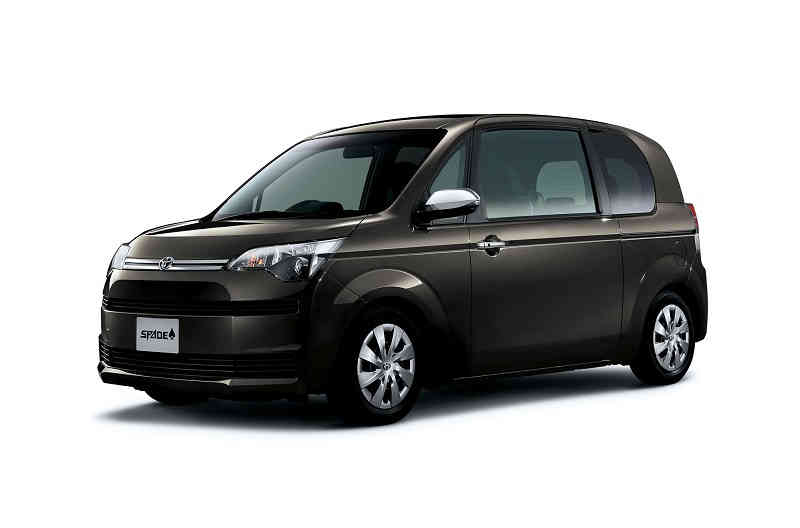 toyota-and-improved-some-of-the-Porte-and-spade20150701-10