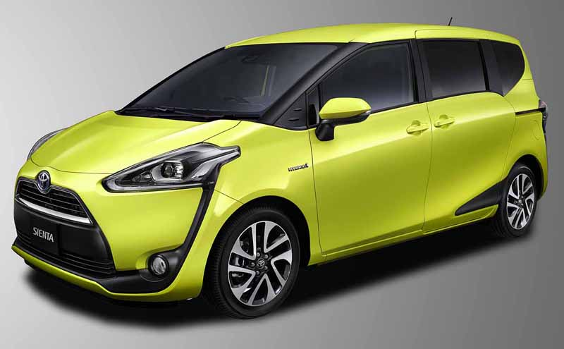 toyota-introduces-new-sienta20150710-2-min