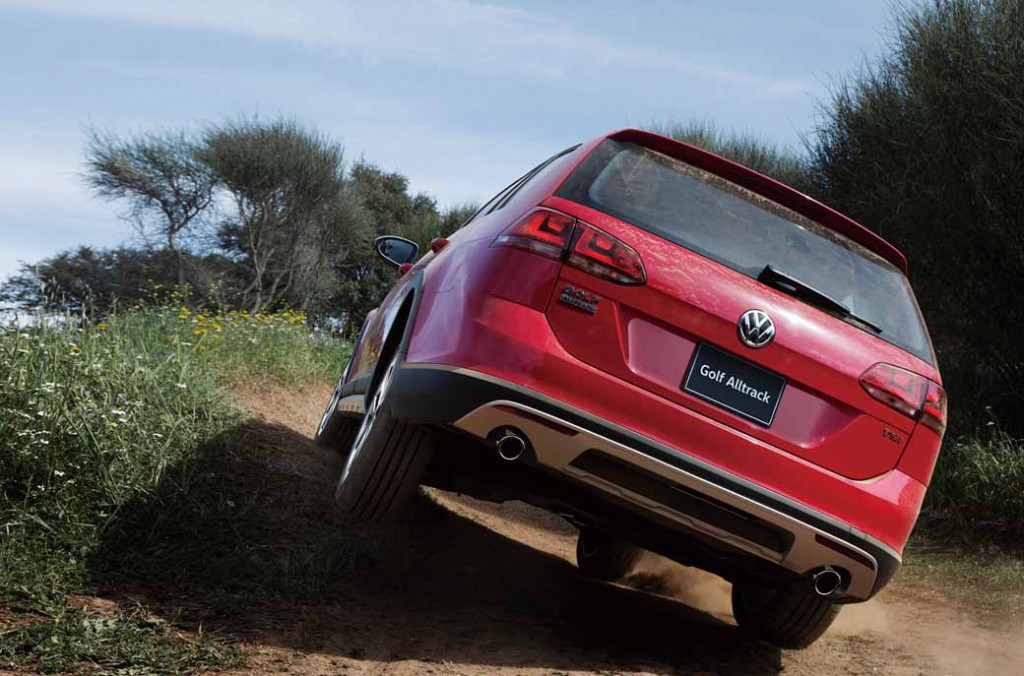 volkswagen-crossover-4wd-wagon-golf-alltrack-new-release20150721-8