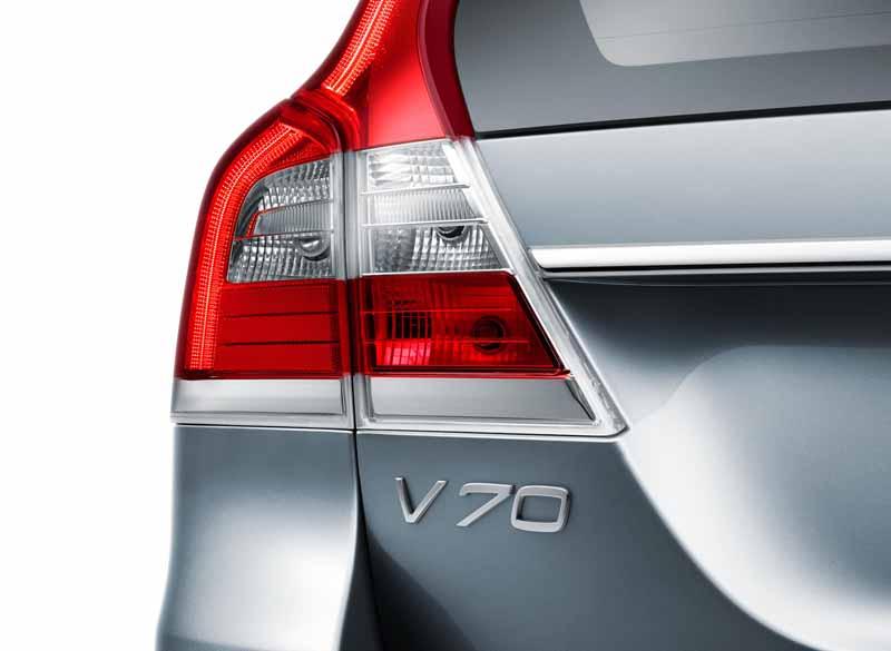 volvo-v70-classic-xc70-classic-launch-of-the-estate-model20150712-2-min