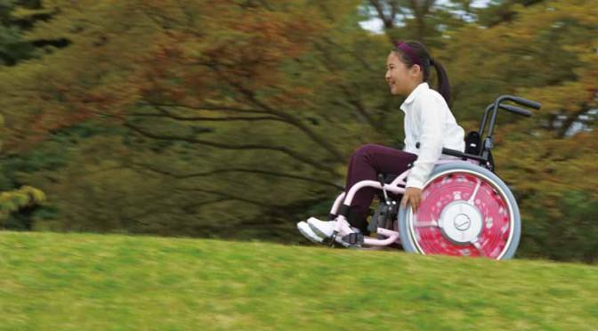 yamaha-for-childrens-wheelchairs-electric-assist-jwx-2-kids-design-award20150711-2-min