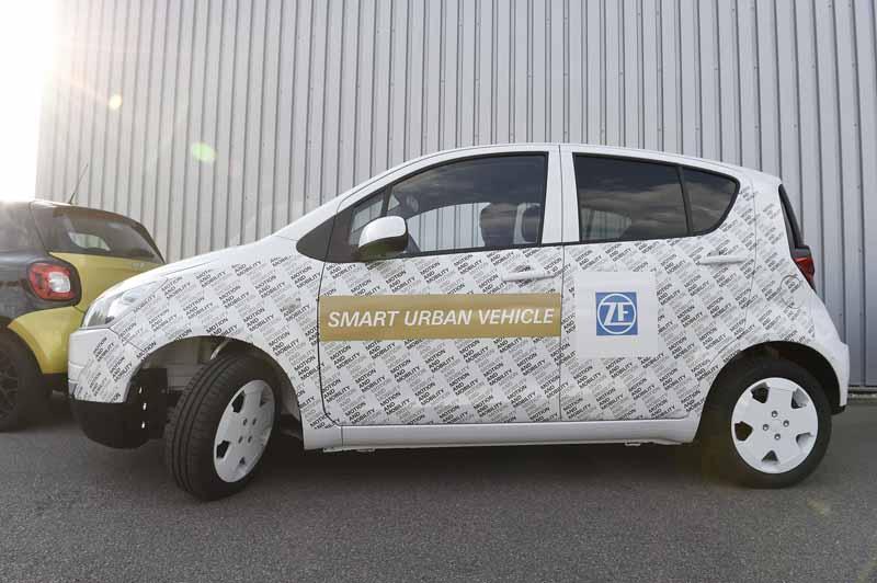 zf-publish-urban-smart-ev-prototype-car20150704-7-min