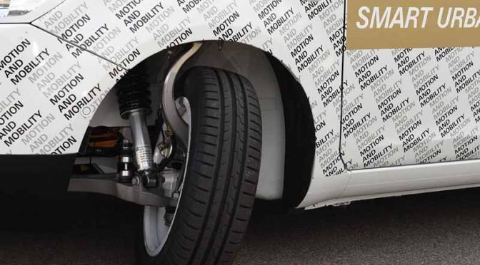 ZF、都市型スマートEVの試作車を公開