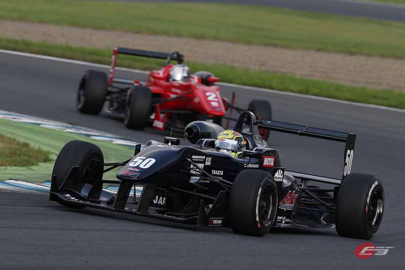 2015-all-japan-f3-championship-round-14-fukuzumi-hitoshimine-is-f3-first-victory-at-the-paul-to-win20150826-4