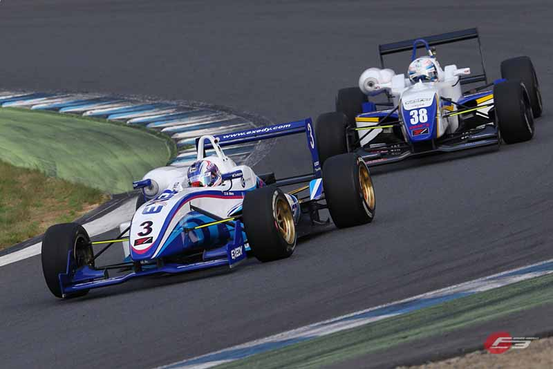 2015-all-japan-f3-championship-round-14-fukuzumi-hitoshimine-is-f3-first-victory-at-the-paul-to-win20150826-6