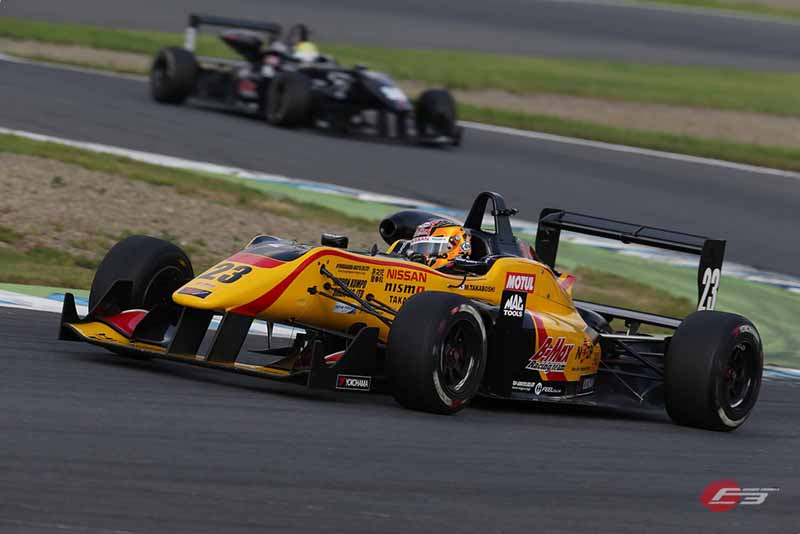 2015-all-japan-f3-championship-round-14-fukuzumi-hitoshimine-is-f3-first-victory-at-the-paul-to-win20150826-7