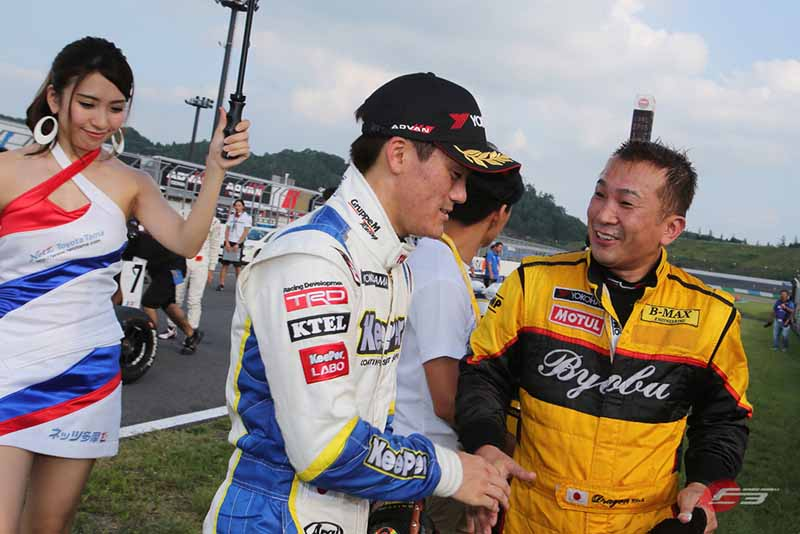 2015-all-japan-f3-championship-round-14-fukuzumi-hitoshimine-is-f3-first-victory-at-the-paul-to-win20150826-8