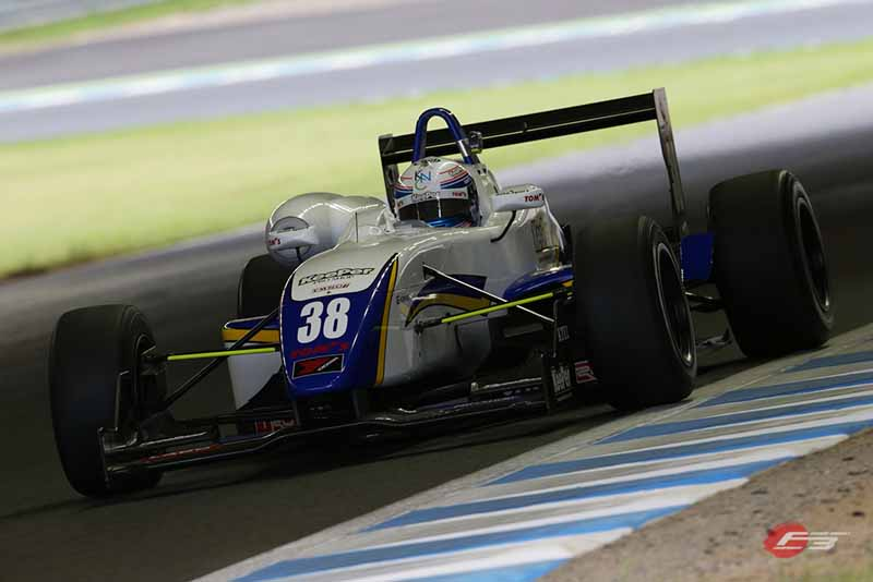 2015-all-japan-f3-championship-round-15-fukuzumi-is-winning-streak-at-the-paul-to-win20150826-3