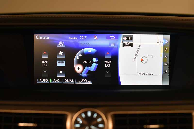 2016-lexus-gs-200t-the-us-and-the-official-debut-at-the-monterey-car-weekend20150816-3