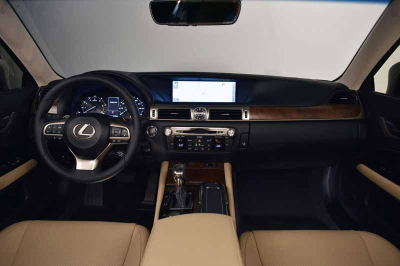 2016-lexus-gs-200t-the-us-and-the-official-debut-at-the-monterey-car-weekend20150816-6