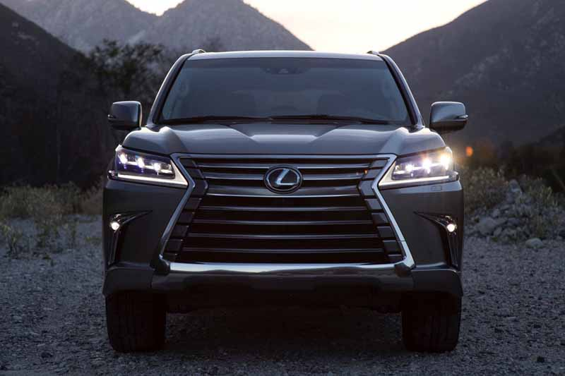 2016-lexus-lx570-the-us-and-pebble-beach-concours-presented-at-the-delle-gans20150816-16