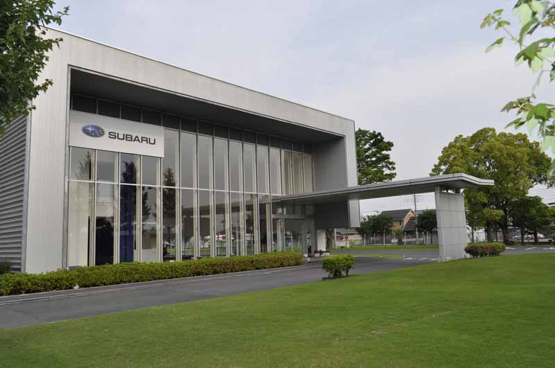 Subaru, held a factory tour by the %22active life Square%22-1