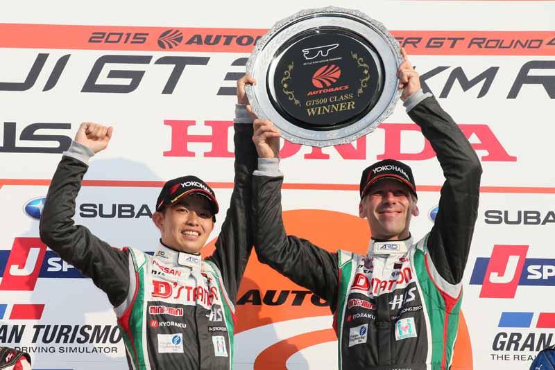 advan-racing-tires-car-won-the-super-gt-gt500-class20150813-2