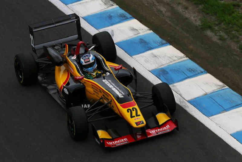 all-japan-f3-championship-round-14-15-nissans-high-star-won-the-third-place-podium20150825-2