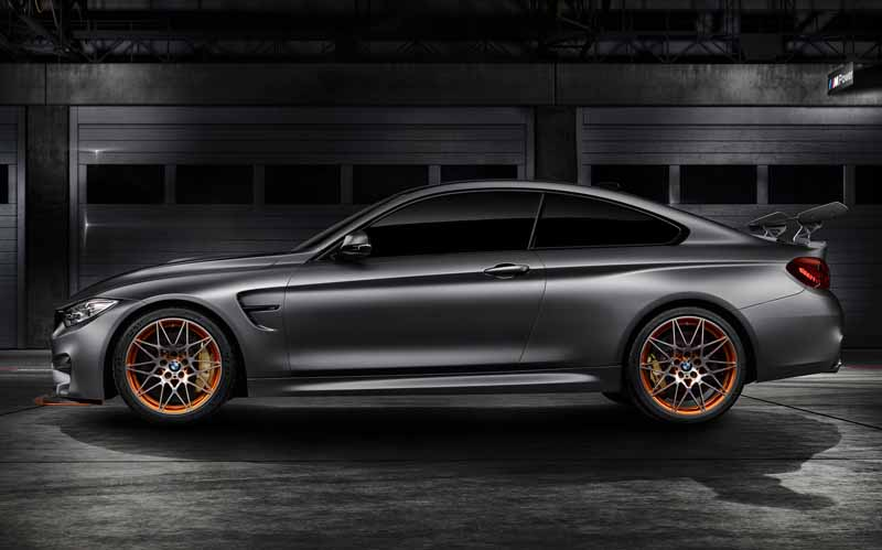 bmw-announced-the-m4-gts-concept-is-put-to-the-us20150816-4