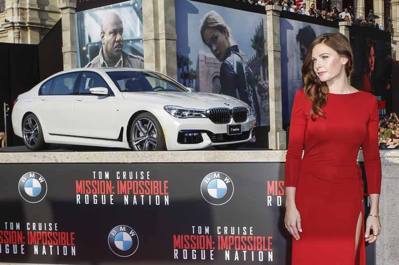 bmw-mission-appeared-in-impossible-rogue-nation-of-world-premiere20150807-3