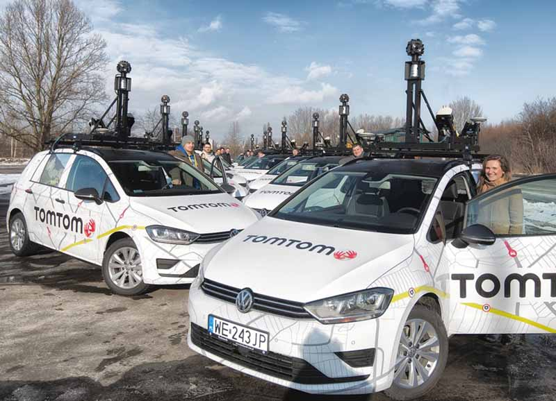 bosch-and-tomtom-is-partnership-in-the-map-produced-technology-for-automatic-operation20150806-3