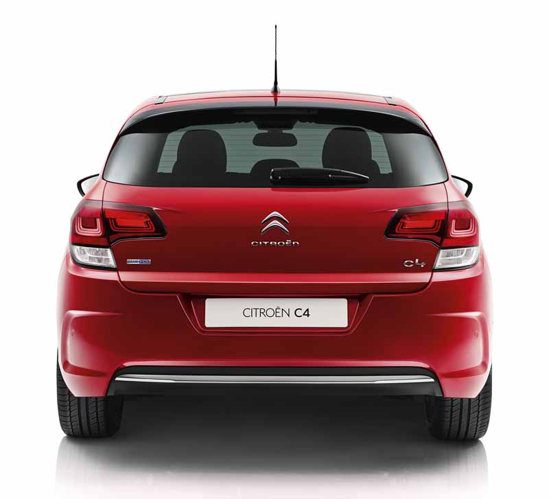 citroen-c4-revamped-from-1-2l-downsizing-turbo-new-six-speed-eat-installed-2-76-million-yen20150825-13