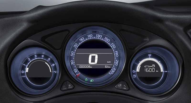 citroen-c4-revamped-from-1-2l-downsizing-turbo-new-six-speed-eat-installed-2-76-million-yen20150825-5