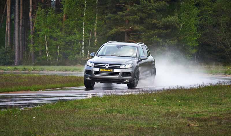 continental-tire-in-partnership-with-global-ncap-collision-prevention-awareness-campaign20150831-6