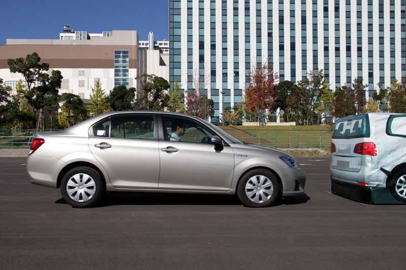 continental-to-support-the-toyota-safety-sense-in-camera-and-laser-radar20150828-1