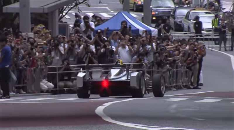 demonstration-run-of-formula-e-is-carried-out-in-keyakizaka-tokyo-roppongi-street20150824-3