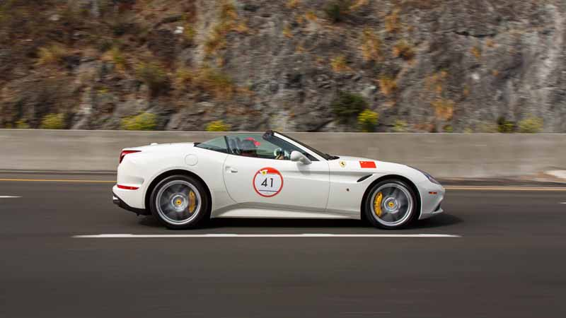 ferrari-cavalcade-jump-out-from-europe-gather-ferrari-stay-in-the-world-to-the-us-west-coast20150814-1