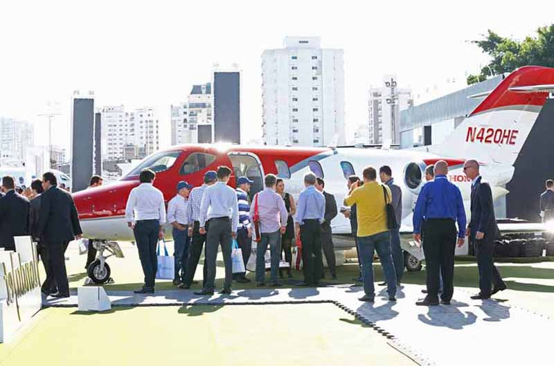 hondajet-south-america-premiered-in-brazil-air-show20150818-2