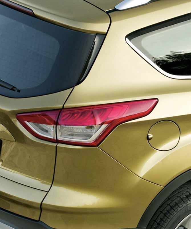improved-ford-kuga-2-0l-ecoboosttm-and-1-5l-ecoboosttm-engine-new-equipped20150809-8