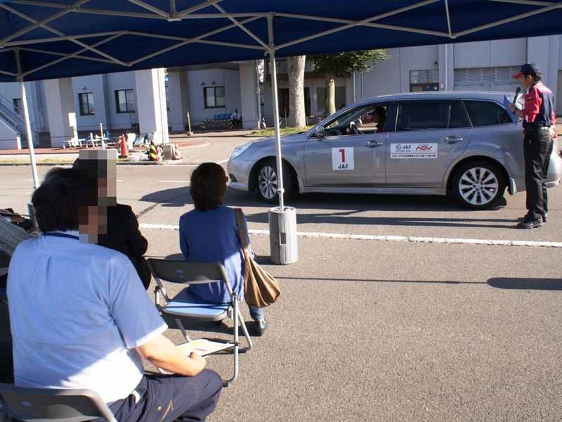 jaf-nagano-senior-drivers-school-a-half-day-course-held-10320150823-5