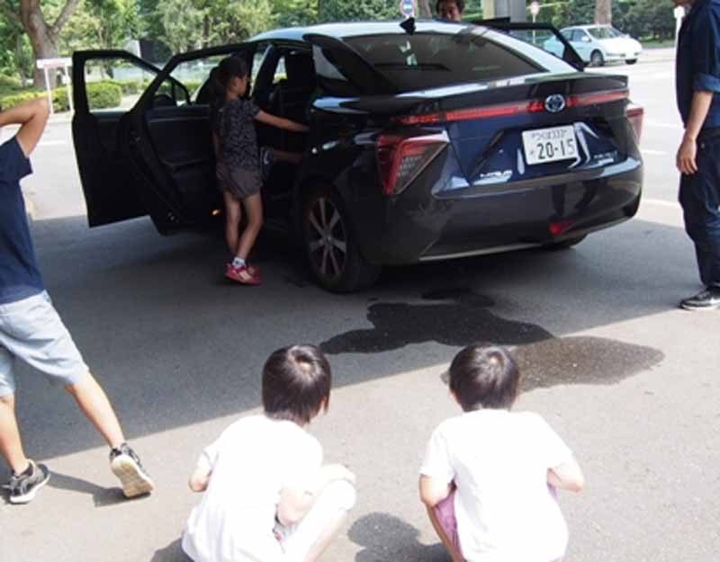 japan-automobile-research-institute-to-conduct-publicity-and-educational-activities-of-hydrogen-energy-in-toyota-mirai20150813-3