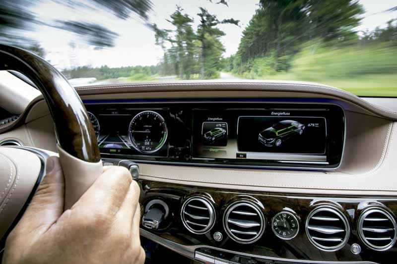 mercedes-benz-clean-diesel-hybrid-s300-h-added20150827-1