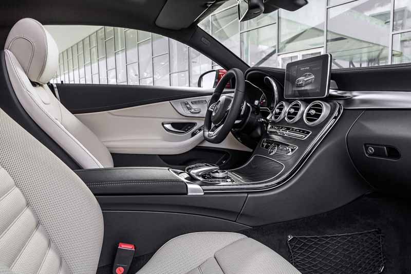mercedes-benz-summary-publication-of-the-new-c-class-coupe20150816-6