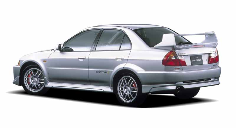 mitsubishi-lancer-evolution-history-of-lancer-evolution-23-years-part-520150821-31